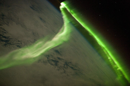 The Aurora Australis, As Seen from the ISS on May 29 | NASA